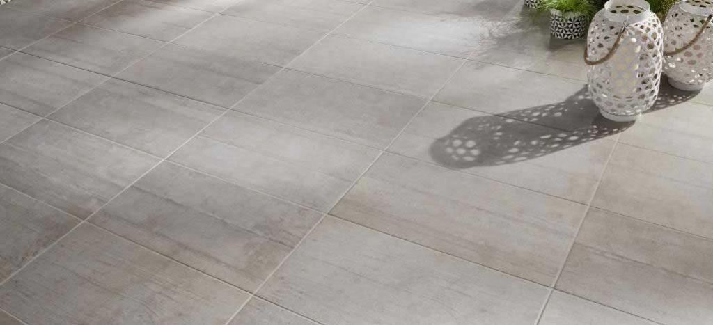 carrelage sur une terrasse exterieure