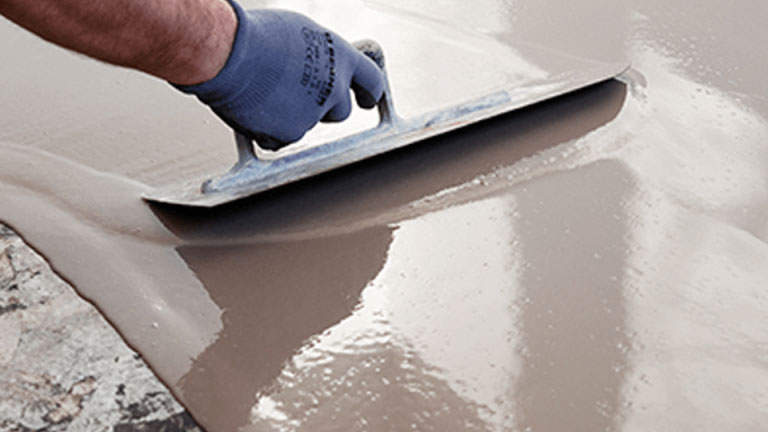 Les étapes de l'exécution ragréage extérieur sur chape de beton