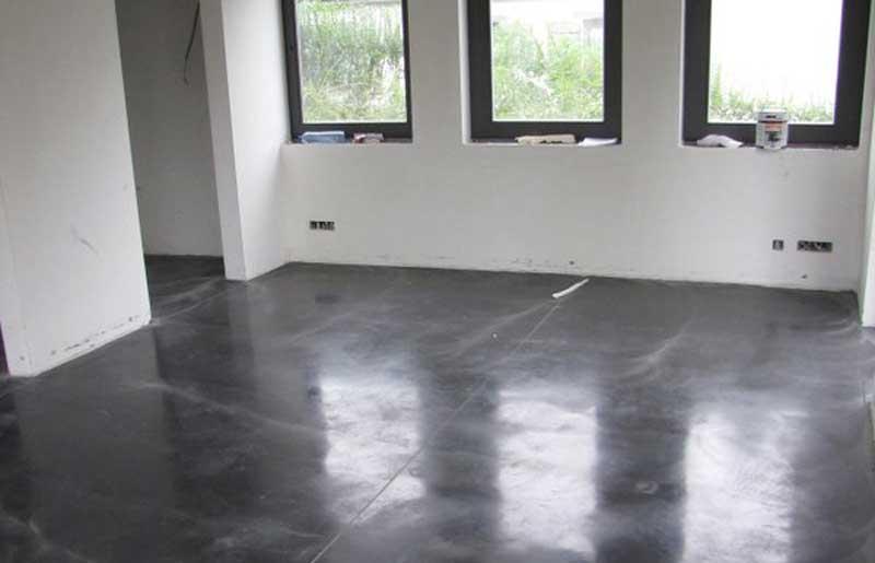 sol en beton lisse en maison